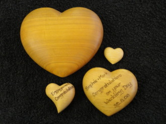 Chrisylden crafts horseshoes wooden hearts for Wooden horseshoes for crafts